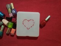pintar caja con pintauñas
