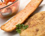 Trinxat con pa amb tomàquet (pan con tomate) y ensalada