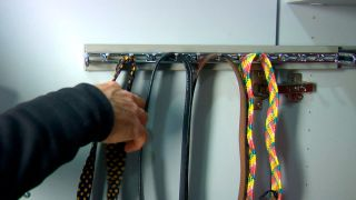Colocar un porta corbatas extraíble
