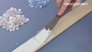 Hacer un marco con mosaico de vidrios - Paso 5