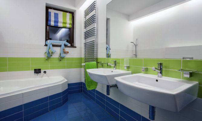 Baño Azul Con Blanco:Decoración de baño en verde y azul – Hogarmania