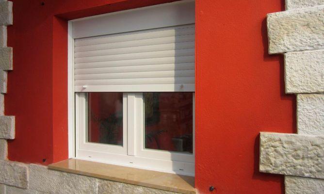 Colocar ventana con persiana bricoman a for Ventanas con persianas incorporadas