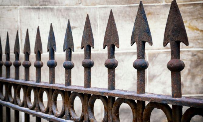 C mo aplicar imprimaciones para hierro hogarmania - Como limpiar hierro oxidado ...