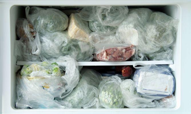 Qu alimentos no se pueden congelar hogarmania - Se pueden congelar las almejas crudas ...