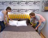 Paso 10 para decorar un Dormitorio con papel pintado alegre y juvenil