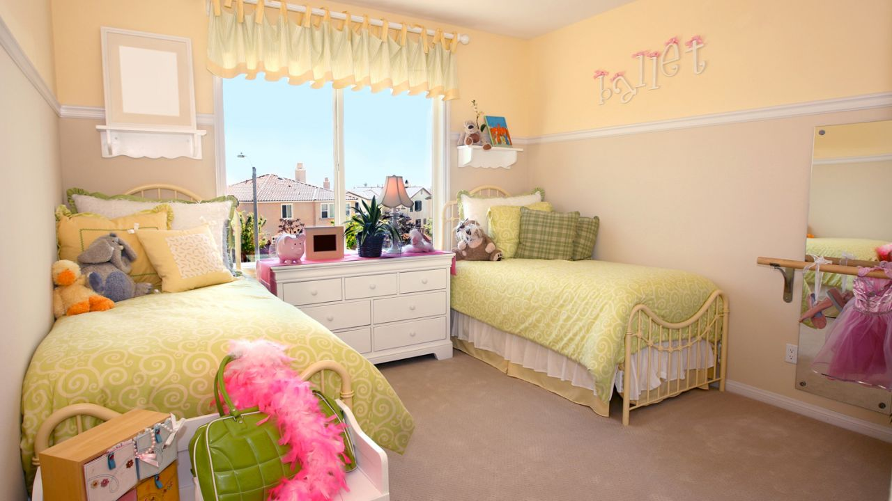Dormitorio Femenino Para Dos