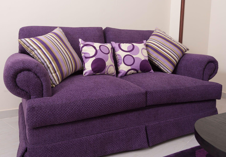 Cojines para sofá morado