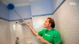 Pintar techo de baño