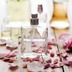Trucos para que el perfume dure más