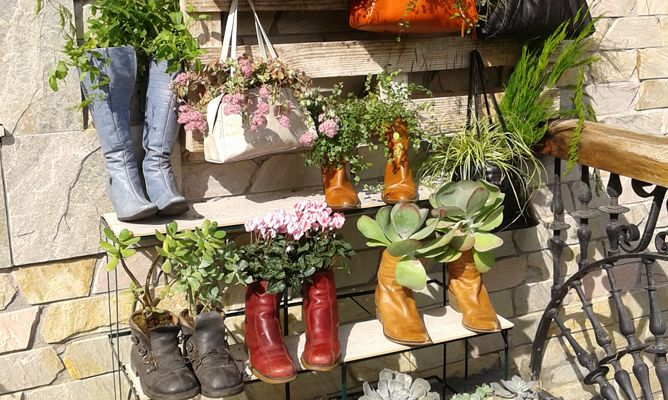 reutilizar bolsos y botas