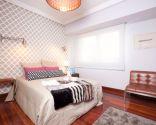 Dormitorio moderno y relajante