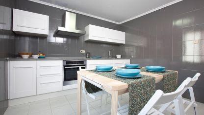 Actualizar la cocina reutilizando muebles decogarden for Renovar muebles cocina