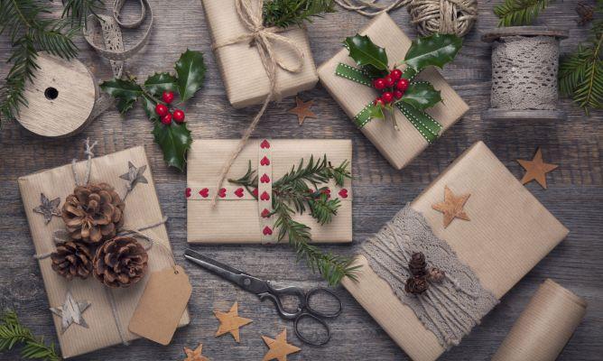Envoltorios eco para decorar tus regalos de Navidad - Hogarmania