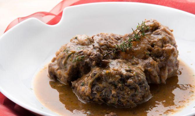 Receta de Liebre en salsa con rabo de ternera - Karlos Arguiñano
