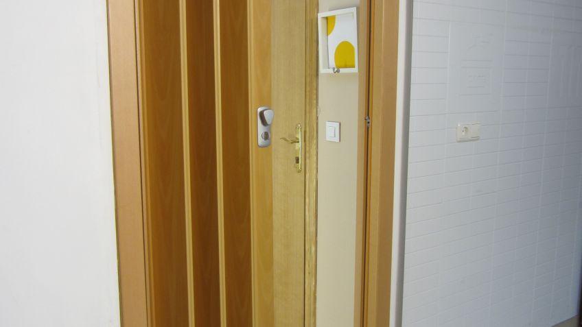 Puertas de acordeon de madera compartir no disponible - Puertas acordeon madera ...