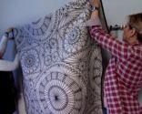 Dormitorio bohemio en gris