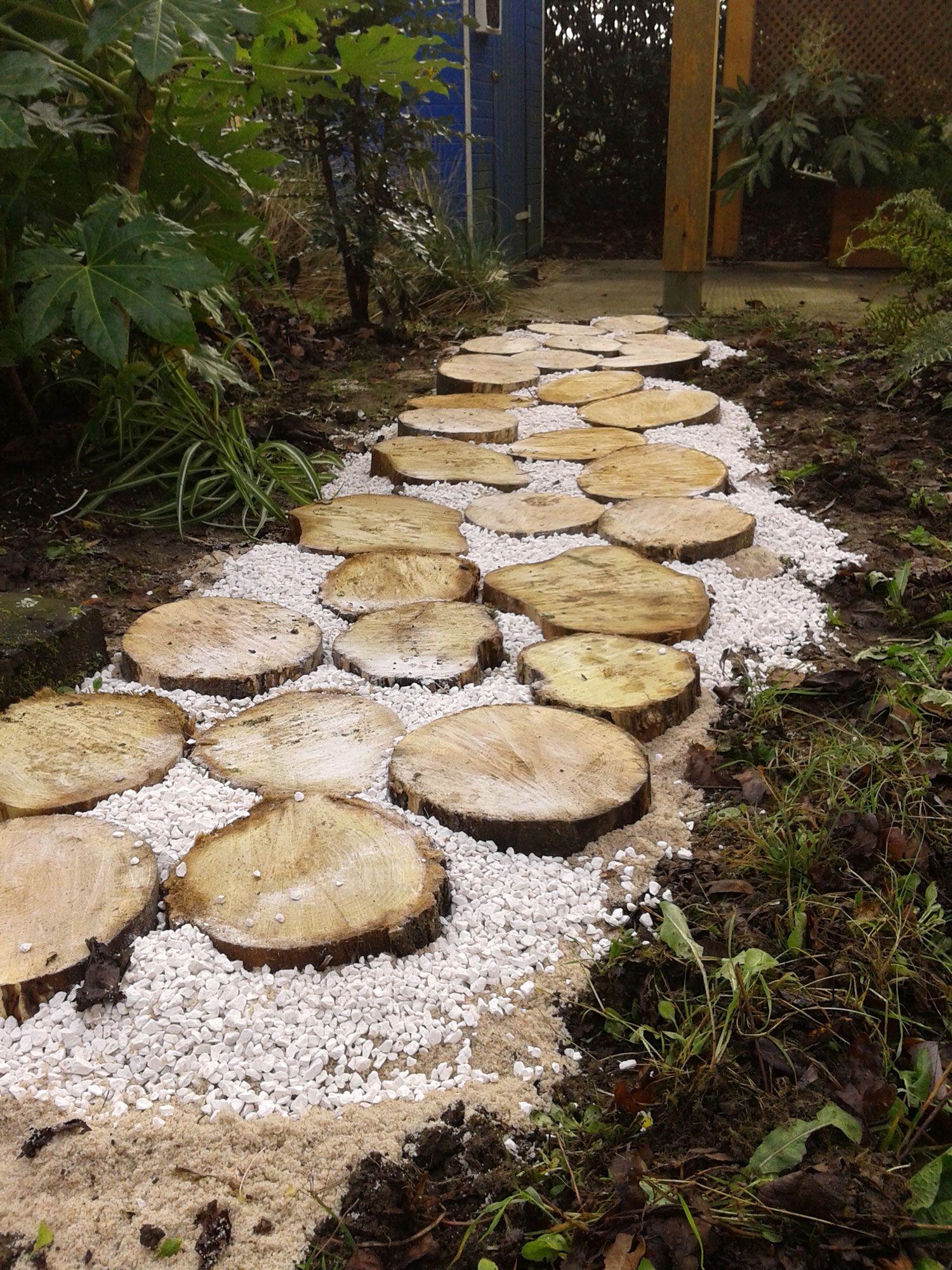 Hacer un camino con círculos de madera