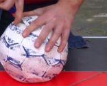 Reutilizar balones como maceteros
