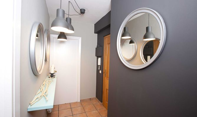 Decorar recibidor peque o con pasillo decogarden - Como decorar un pasillo estrecho y oscuro ...