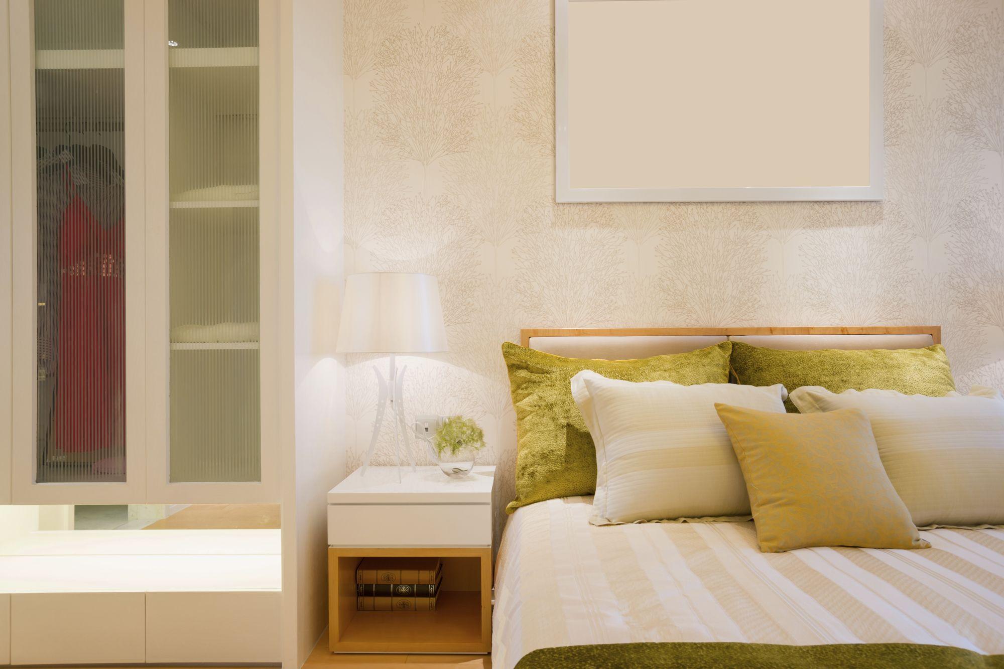Dormitorio luminoso en tonos claros