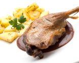 Confit de pato con patatas y salsa de higos