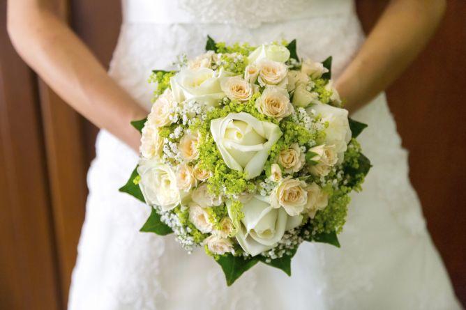 Ramos de novia en tonos blancos