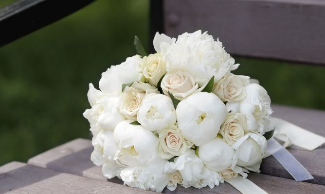 10 ideas para ramos de novia en tonos blancos - Hogarmania