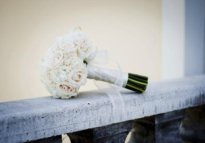 Ramo de novia de tonos blancos
