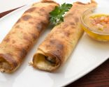 Crepes rellenos de berenjena, queso y pavo