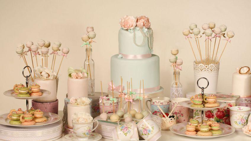 decorar mesa de postres de una boda en tonos pastel - hogarmania