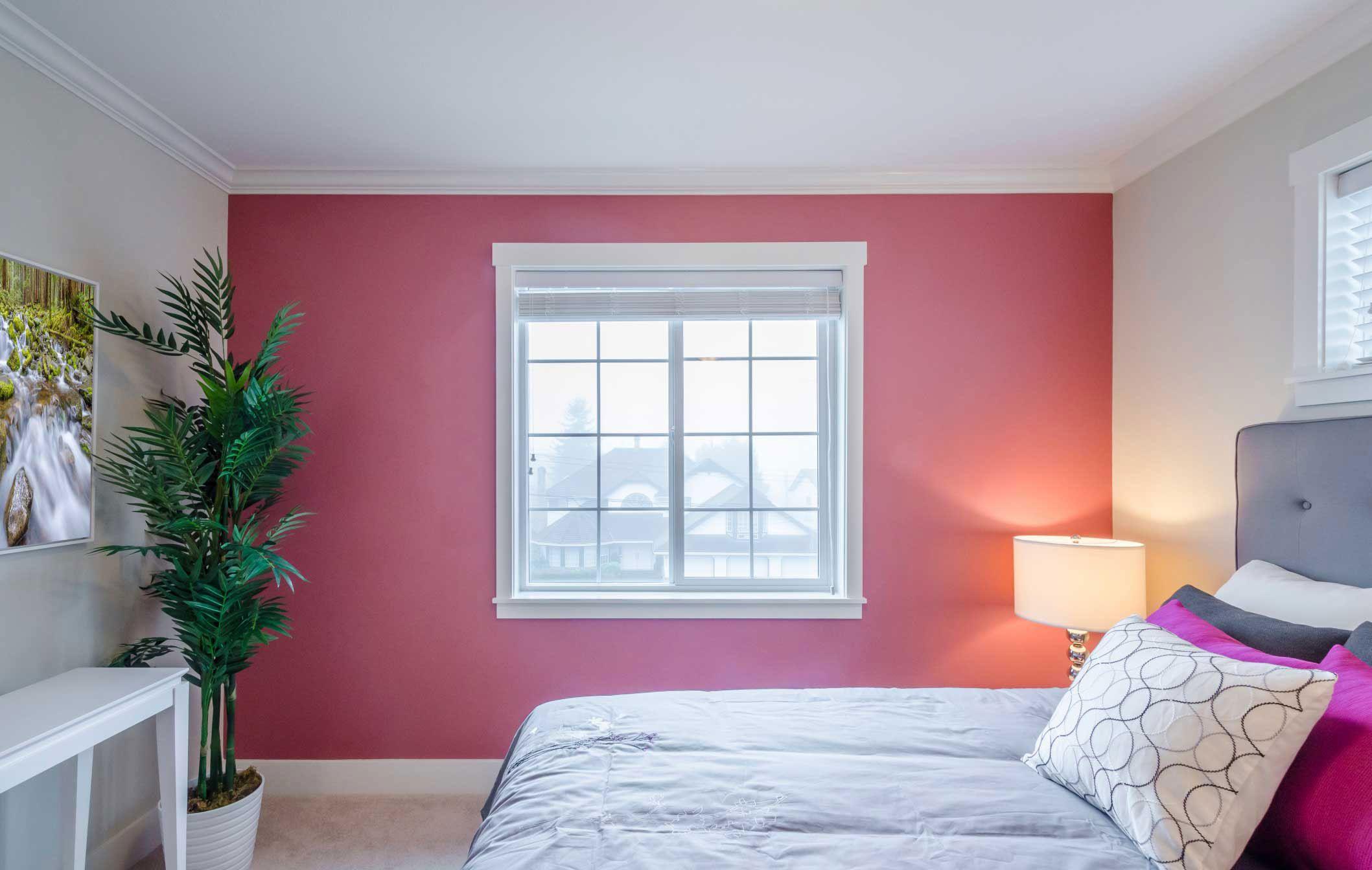 dormitorio femenino en rosa gris y blanco hogarmania