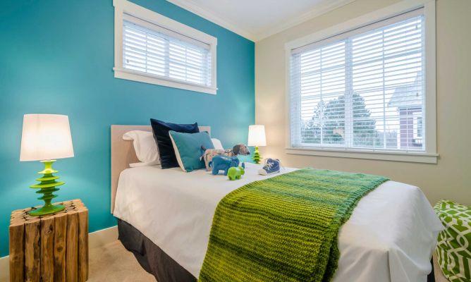 Verde azul y blanco para un dormitorio juvenil hogarmania for Alfombra azul turquesa del dormitorio