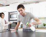 no forzar posturas tareas domésticas