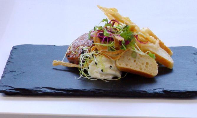 Receta de Mini hamburguesa con espuma de gorgonzola