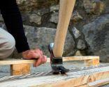 Sacar clavos de la madera