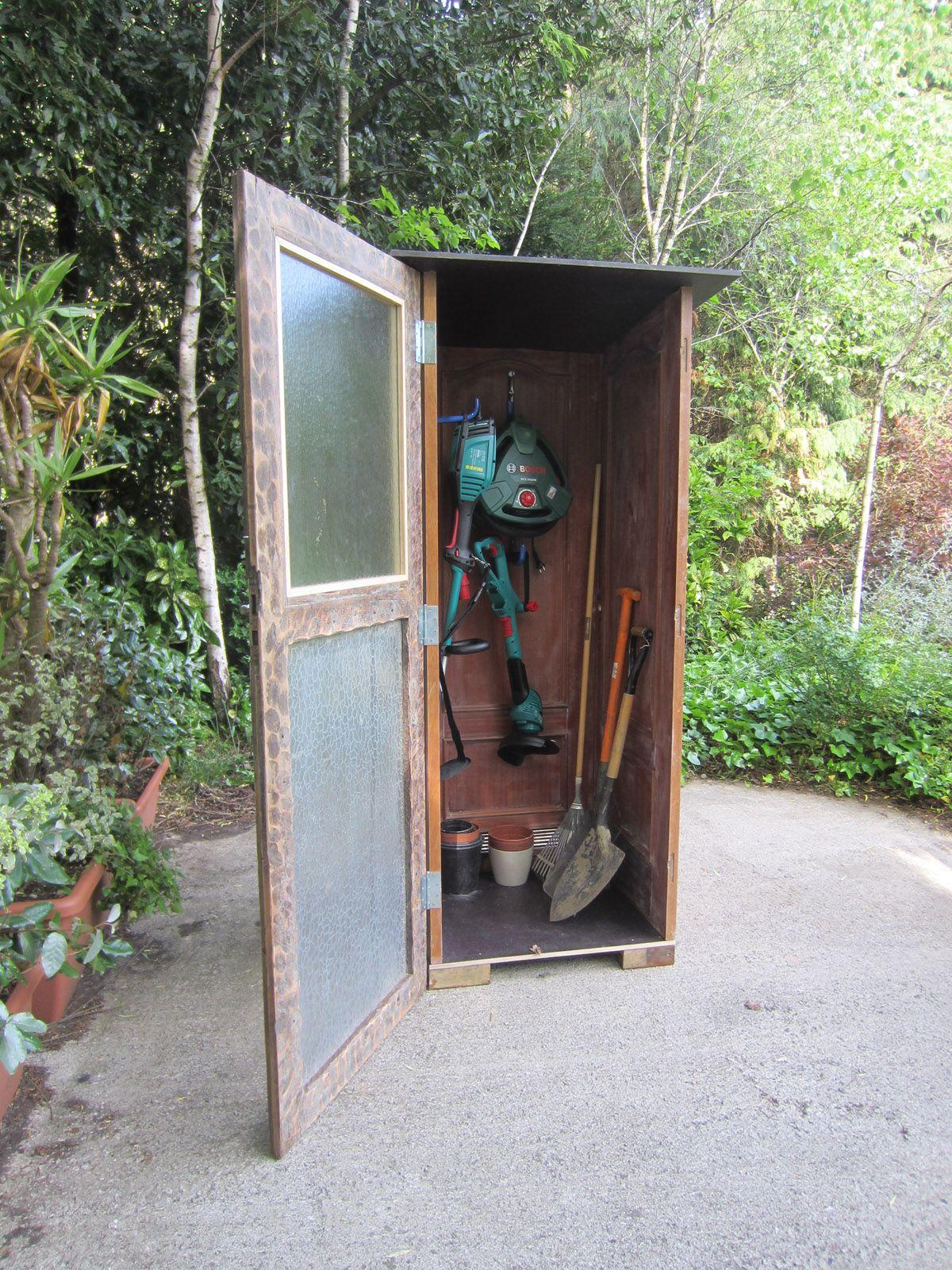 Ideas para reutilizar una puerta hogarmania for Como hacer una caseta de jardin barata