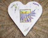 Caja decoupage con forma de corazón