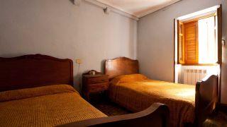 Dormitorio femenino y romántico - Paso 1