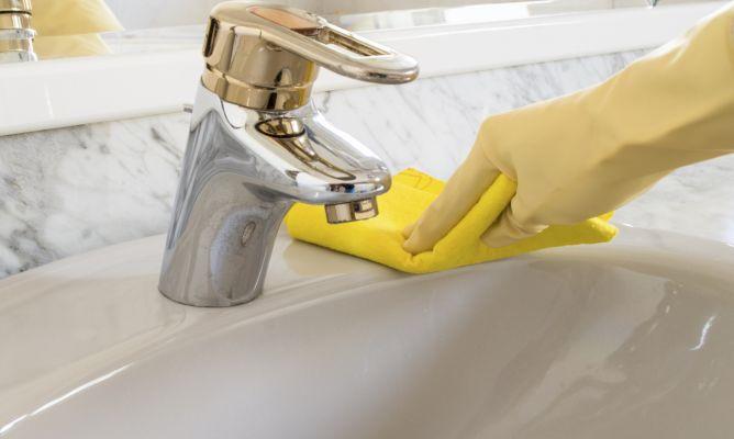 Consejos y trucos de limpieza y orden para el hogar for Trucos para limpiar el bano