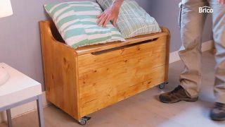 Barnizar baúl de madera
