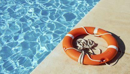 La piscina en la comunidad de vecinos derechos y obligaciones hogarmania - Socorrista de piscina ...