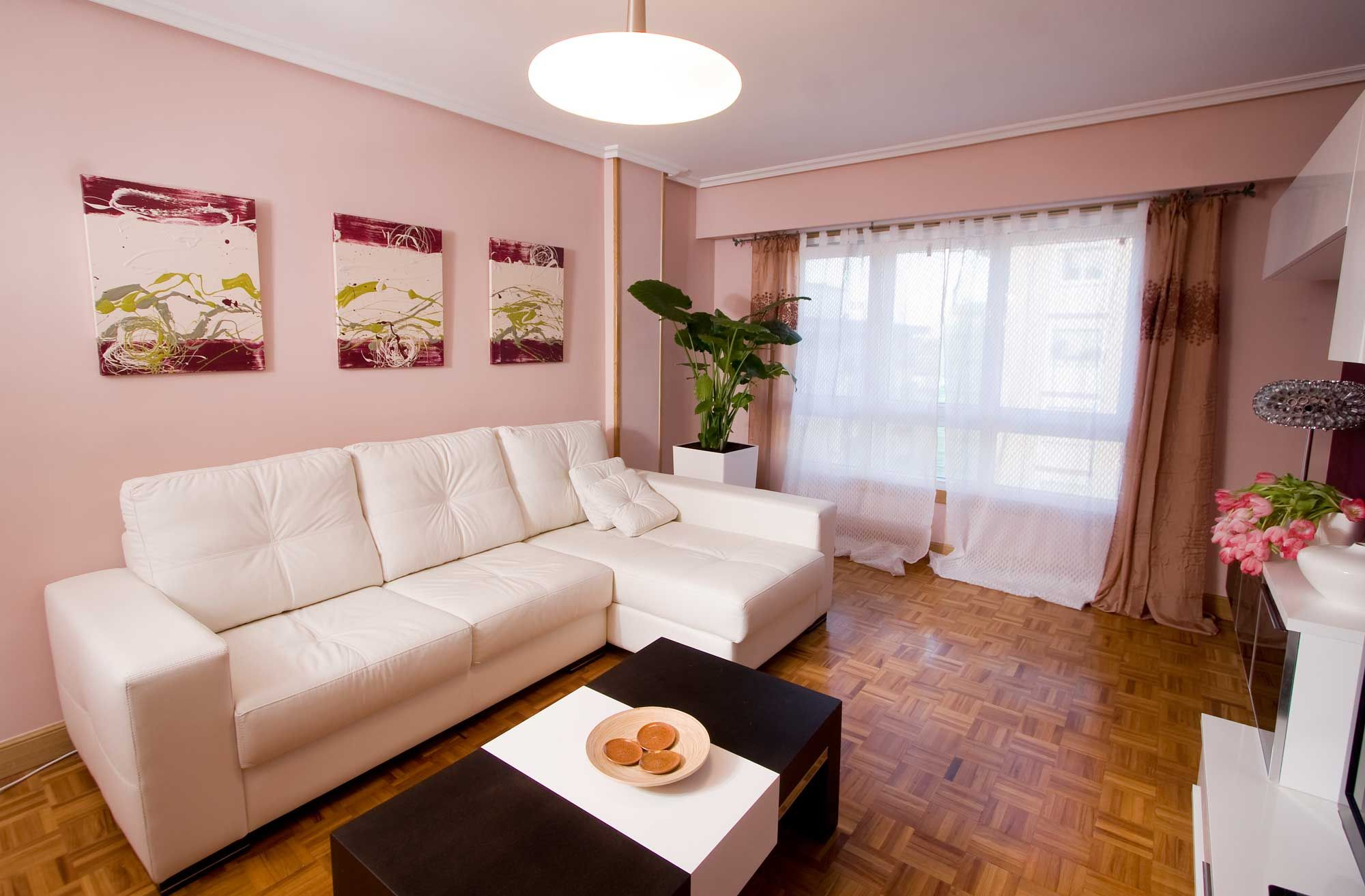 Decoraci n en color rosa hogarmania for Colores para decorar un salon