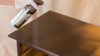 Pintar sinfonier de madera