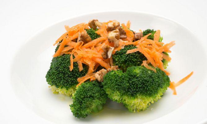 Ensalada de brócoli y zanahoria