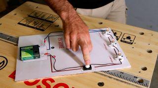 Cómo funciona un circuito eléctrico en serie