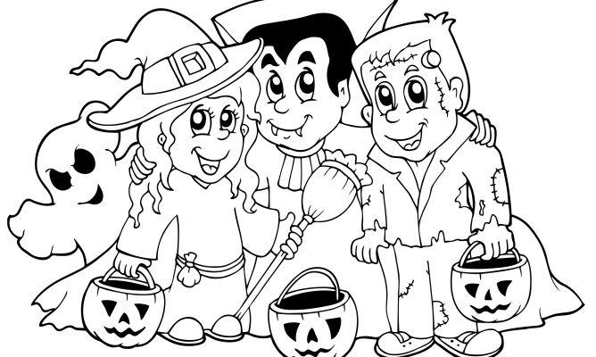 Dibujo De Halloween Con Personajes Para Colorear
