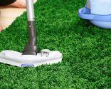 Cómo quitar el mal olor de una alfombra