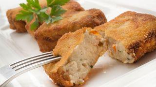 Bocados de queso roquefort y nueces