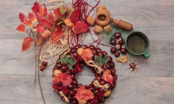Corona navide a con casta as y nueces hogarmania - Manualidades y bricolaje para el hogar ...