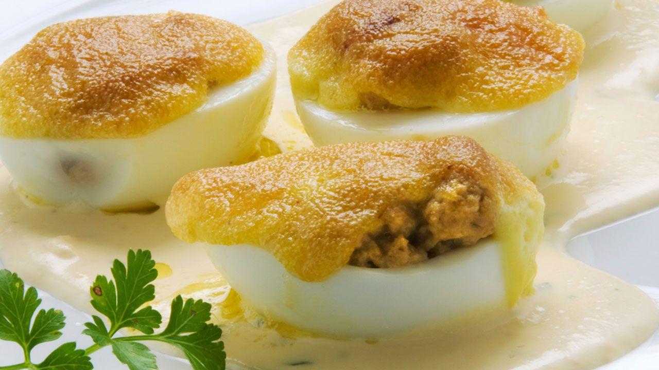 Huevos rellenos de champiñones